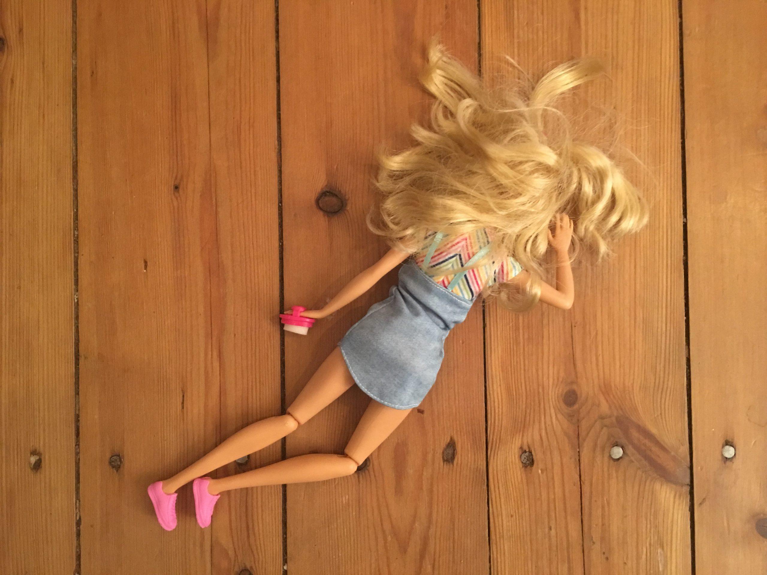 16-Jährige Barbie brutal getötet
