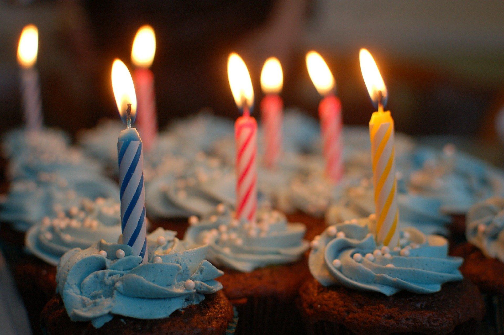 """Lustiger Songtext: """"Weil heute dein Geburtstag ist"""""""