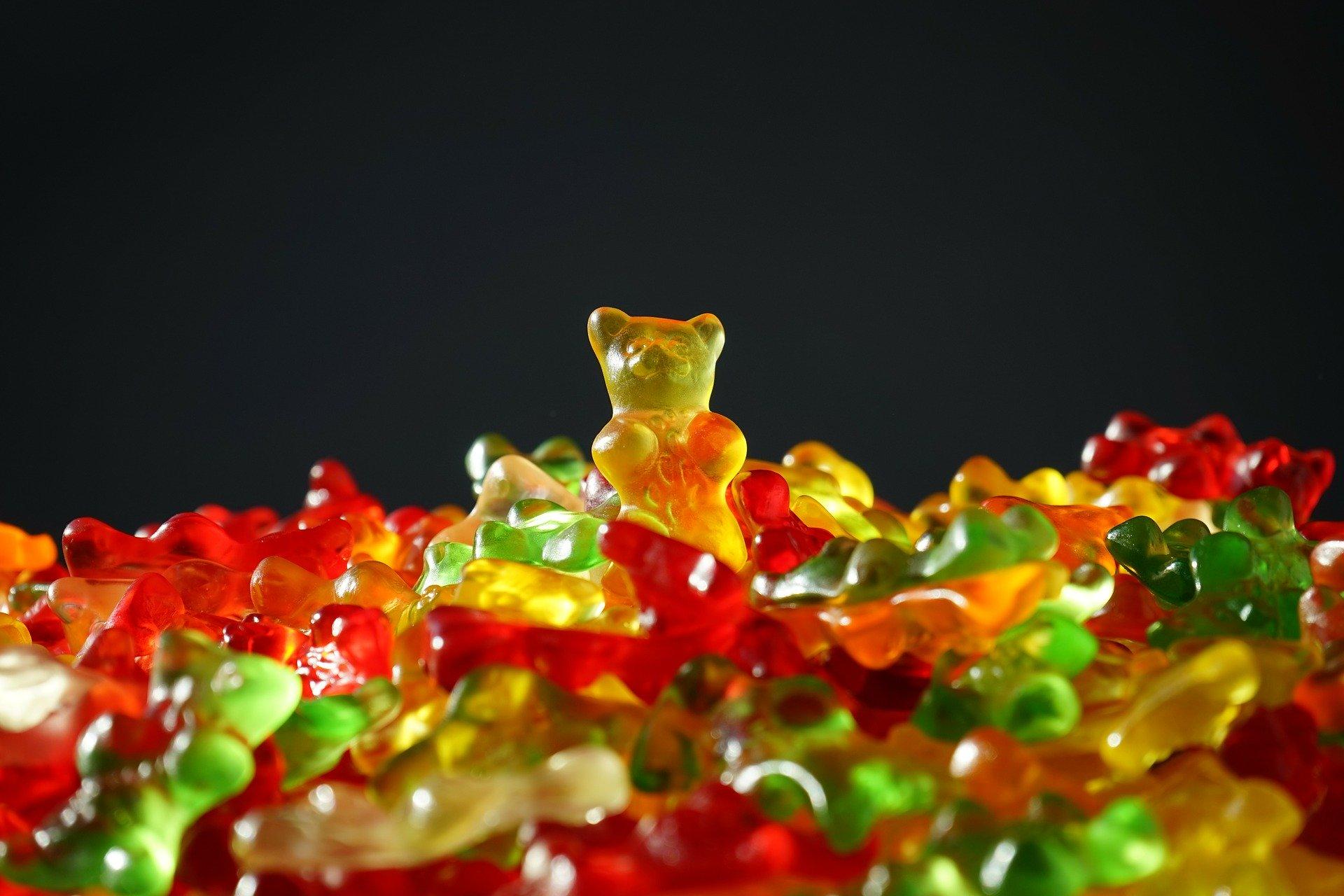 Brutaler Gummibärchen-Kopf-Abbeißer zu zehn Monate Gemüse-Essen verurteilt