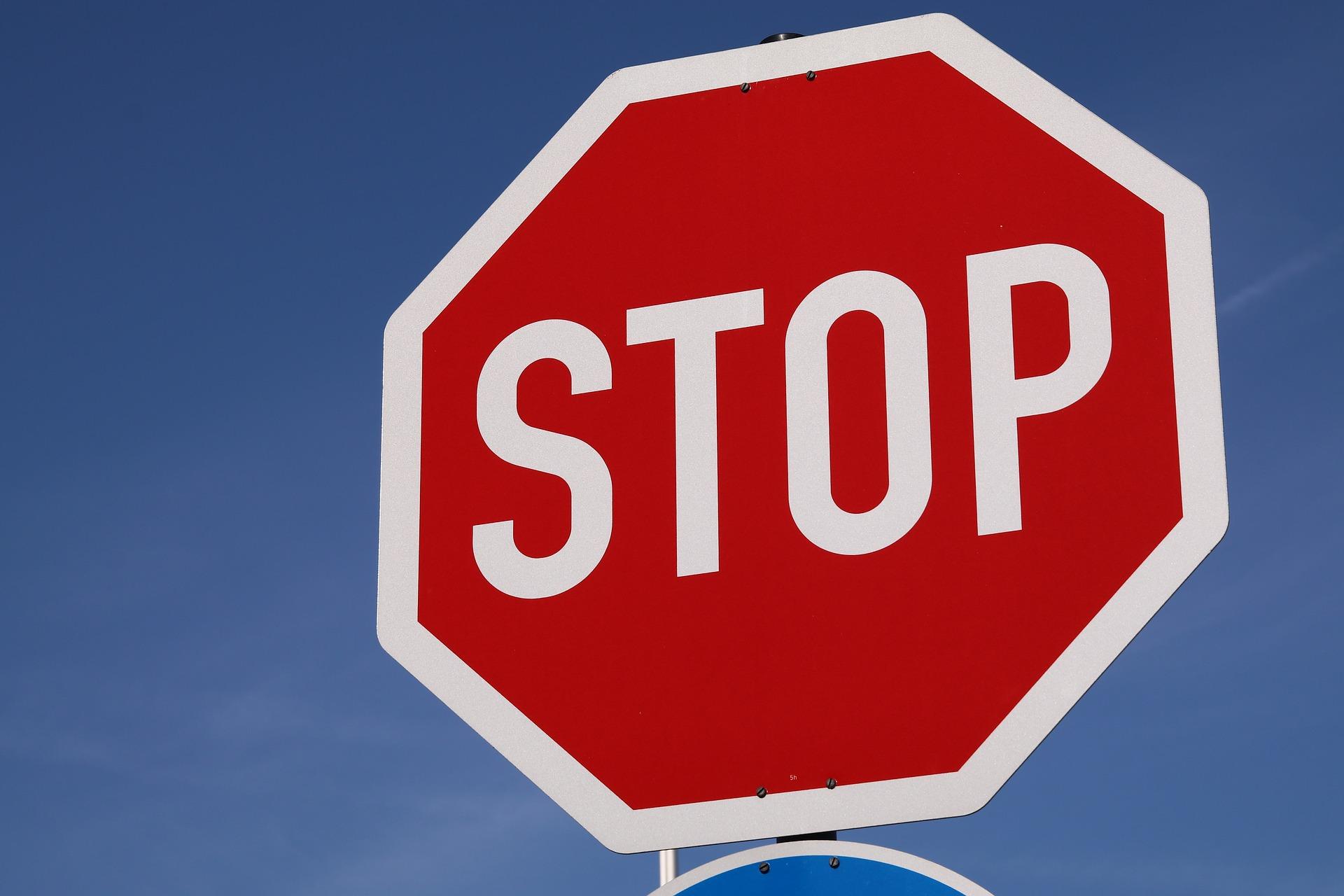 Lustiger Führerscheintest: 15 Fragen zum Thema Verhalten im Straßenverkehr